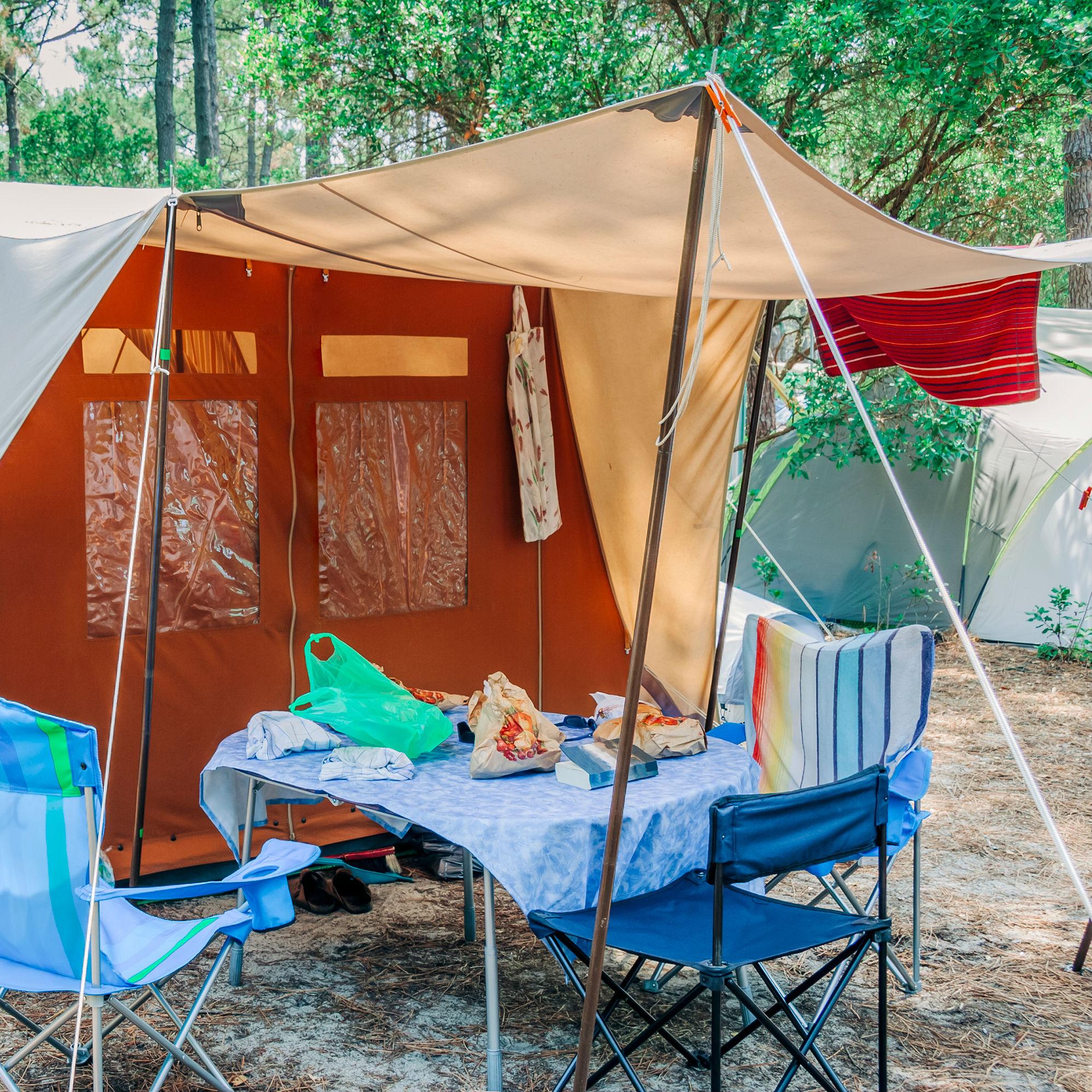 StemPunt Poll - Ga jij liever op vakantie met een tent of met een caravan? - tent