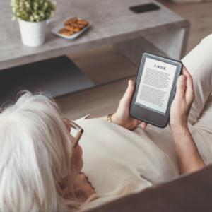 StemPunt Poll - Kies jij een boek of e-reader om te lezen? - E-reader