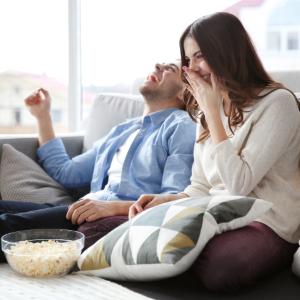 StemPunt Poll - Naar de bioscoop of thuis een film kijken? - Thuis