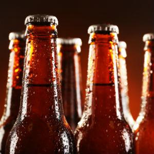 StemPunt Poll - Drink jij liever bier uit een flesje of uit blik? - fles