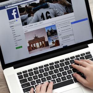 StemPunt Poll - Welk sociale medium gebruik jij liever? Facebook of Instagram?  - Facebook